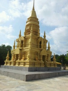 golden-temple-in-samui