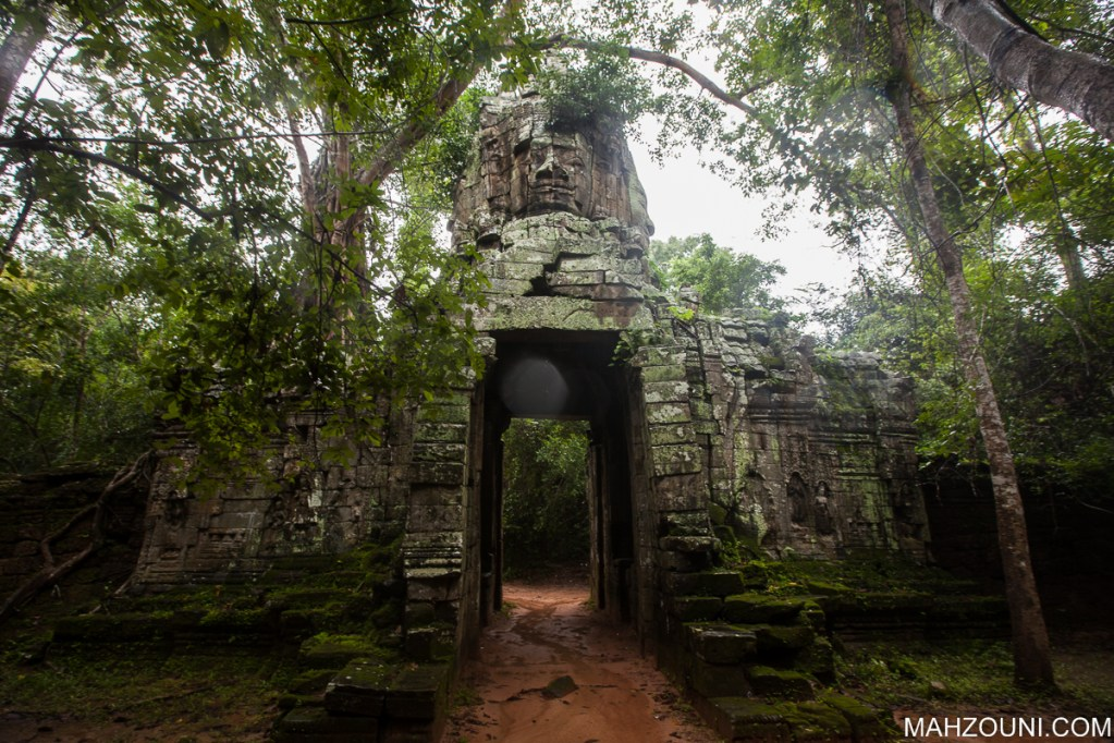 Angkor Wat, Angkor Thom, Angkor Wat, attractions in SIem Reap, Bayon, best place to eat in Siem Reap, floating village Siem Rep, nightmarket, old market, opening hours Angkor Wat, Pagoda, Pub street, Siem Reap, sightseeing in Siem Reap, Ta Phrom, temple, things to do at night in Siem Reap, ticket prices Angkor Wat, top ten attractions Siem Reap, what is there to do around Siem Reap, what to do in Siem Reap