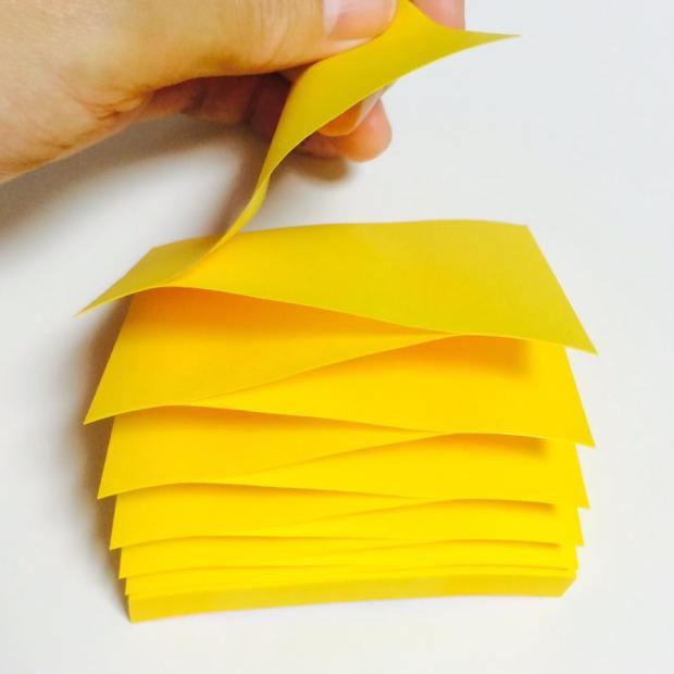 受け取る人にやさしい、ムービー付きグリーティングカード「moovin」