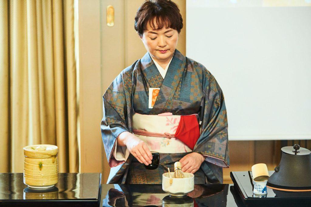 PRIVATE Kimono Tea Ceremony in Tokyo Shinjuku