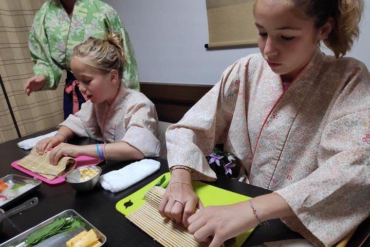 Sushi Cooking Experience Osaka