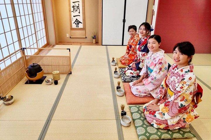 Kimono Tea Ceremony Osaka