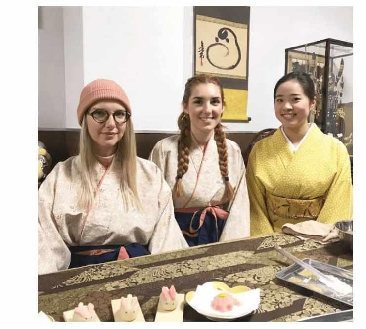 Maikoya Sweet Making and Tea Ceremony Kyoto
