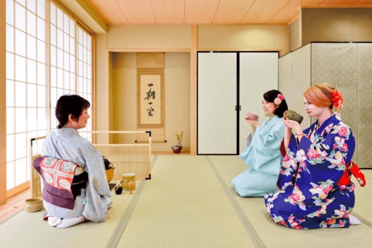Maikoya Kyoto Kimono Tea Ceremony