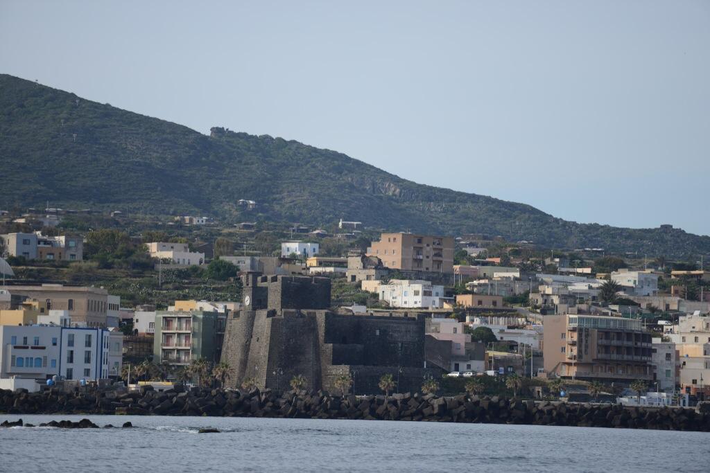 A Pantelleria, il y a des yeux qui nous observent