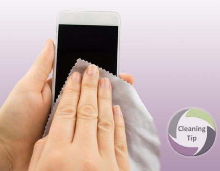 How to Clean a Cell Phone