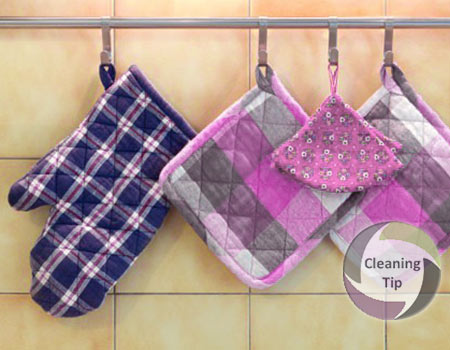 How to Clean Pot Holders