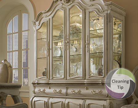 How to Clean a China Cabinet