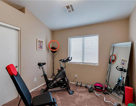 How to clean a gym. Home gym.