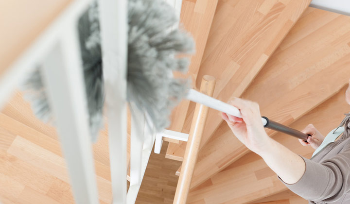 How to Clean Staircase Railings with duster