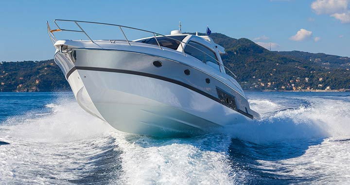 How to Clean a Boat and leave it shiny clean