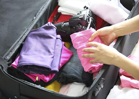 5 Must-Follow Tips to Pack a Suitcase Efficiently