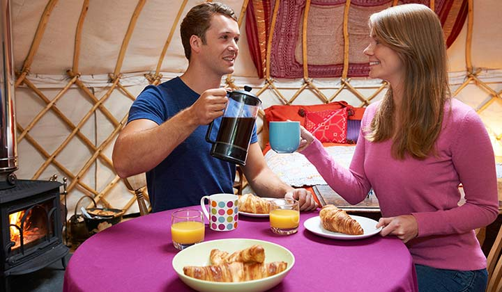 Glamping and Fine Dining in Forest