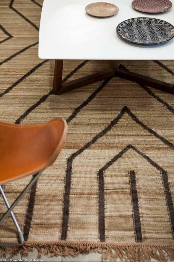 Serge Lesage'n afrikkalaishenkinen matto.