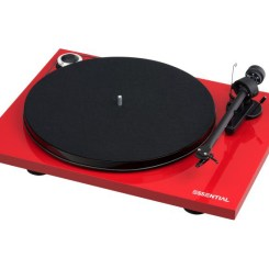 Pro-Ject Essential-III Turntable