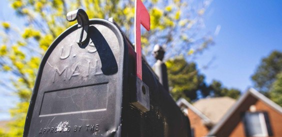 Image of a mailbox