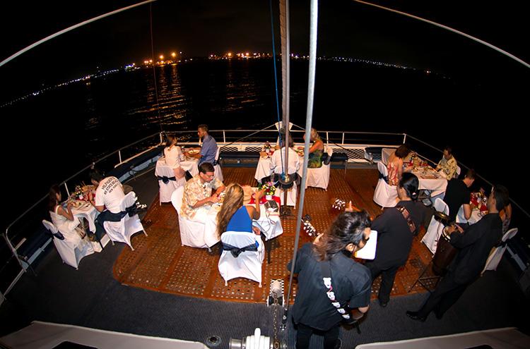 aristocat-evening-cruise-18-750