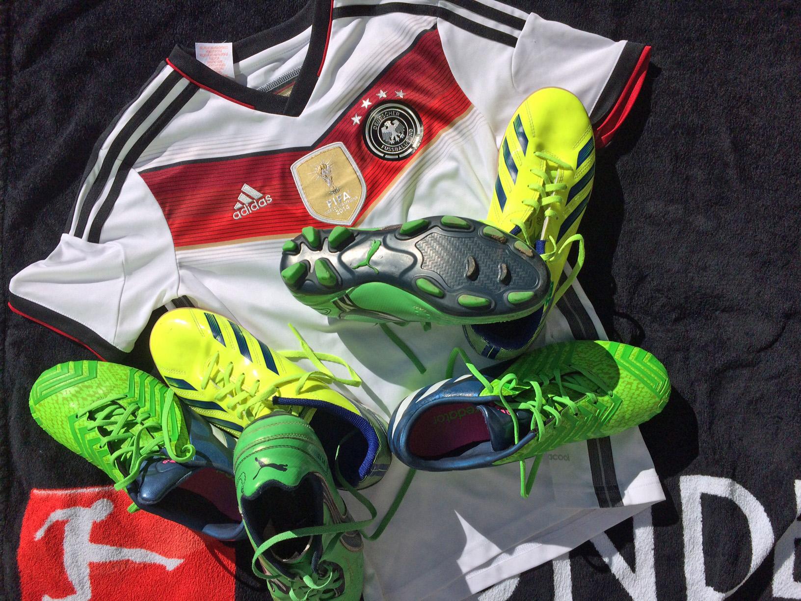 Fußballschuhe für Flüchtlinge!
