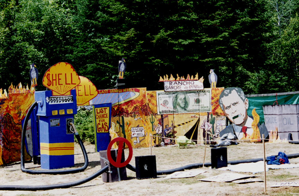 In Spite of Life Players, HELL (Rancho Sangre), (Tamar Etingen set designer), West Athens, 2004