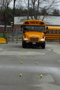 Bus Competition_Tennis ball