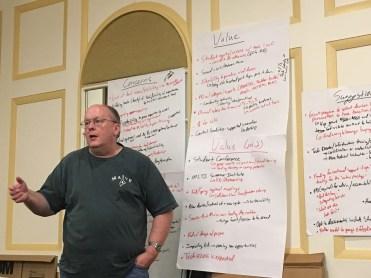 Stakeholder presenting feedback
