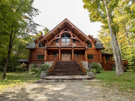 Sugarloaf cabin, Carrabassett Valley, Maine