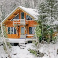 A Cozy Cabin in Carrabassett Valley