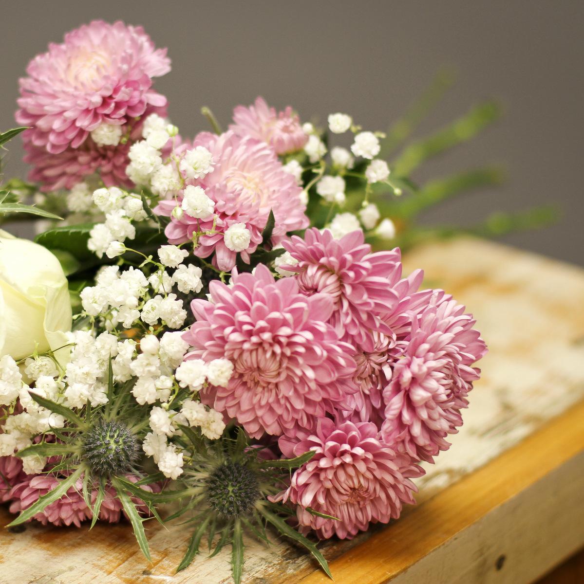 Showin' off Wedding Flowers! { Twin Cities Florist }