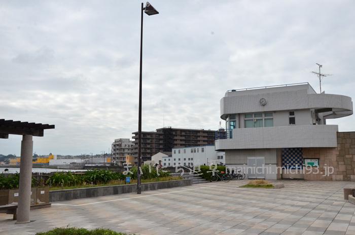 海辺つり公園・管理事務所