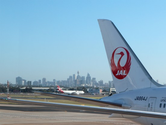 JAL QF SYD