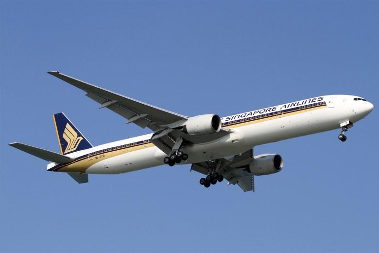 SQ 777-300 Short (Kentaro Iemoto).jpg