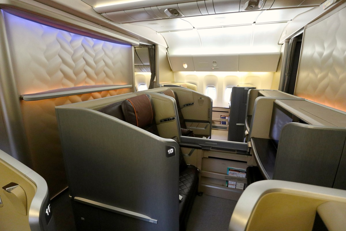 Which Singapore Airlines First Class seat is flying by route ...