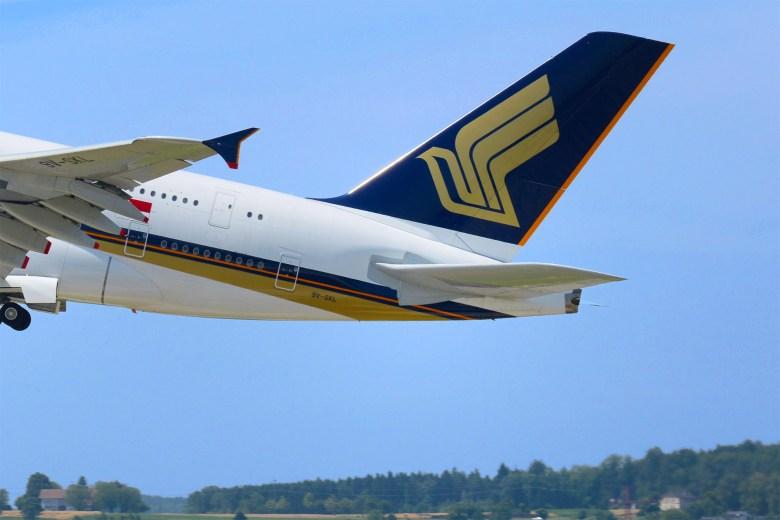 SQ A380 Tail (Böhringer Friedrich)