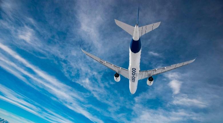 A350-1000 Beneath (Airbus).jpg