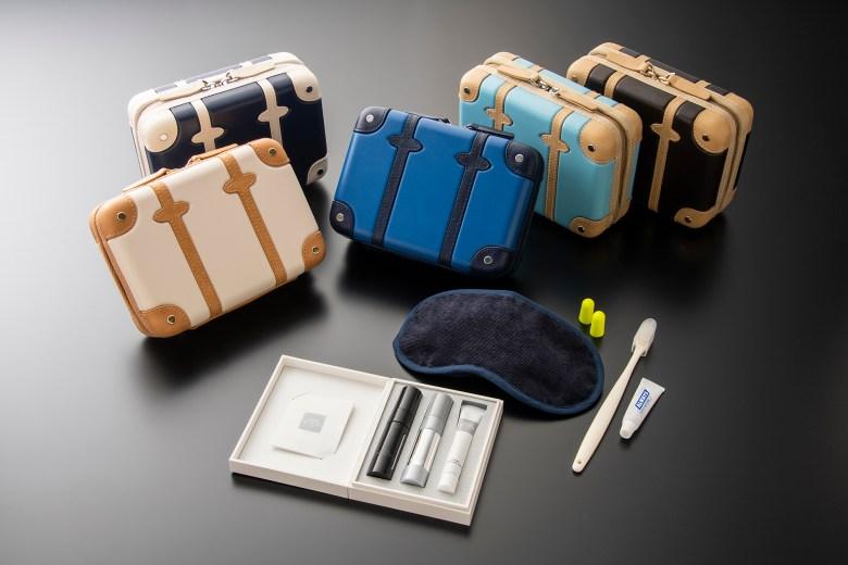 F Amenity Kits