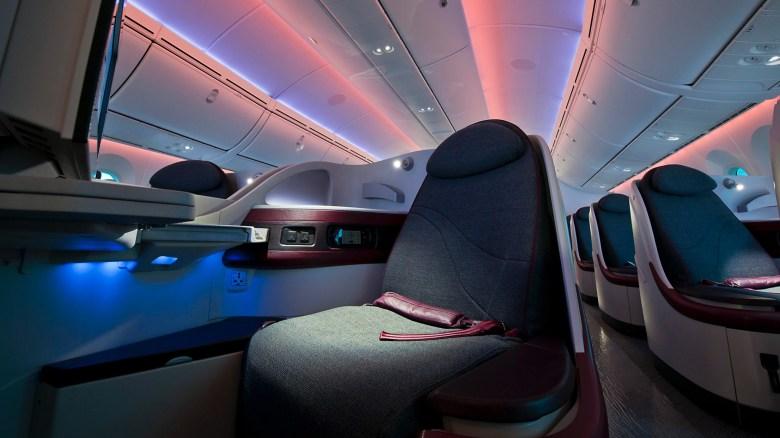 Qatar 787 J (Rockwell Collins).jpg