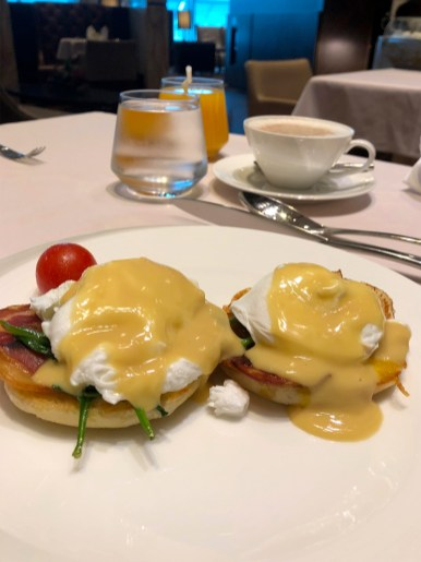 Eggs Benedict. (Photo: MainlyMiles)