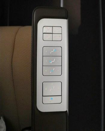 Seat Controls 1.jpg