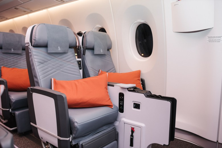 2018 W A350ULR Seats 31AC.jpg