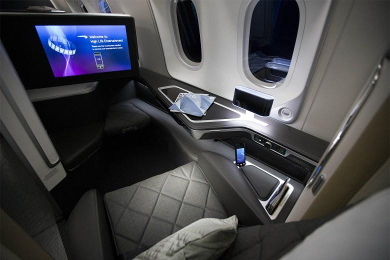 BA First 787-9 (British Airways).jpg