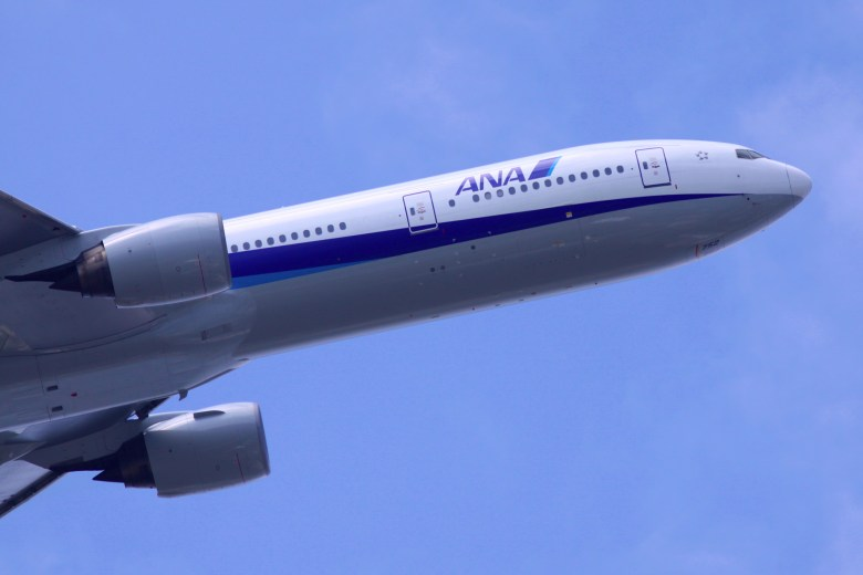 NH 773 Takeoff 1 (Kentaro Iemoto)