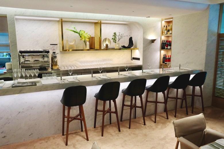 Bar Dining 3