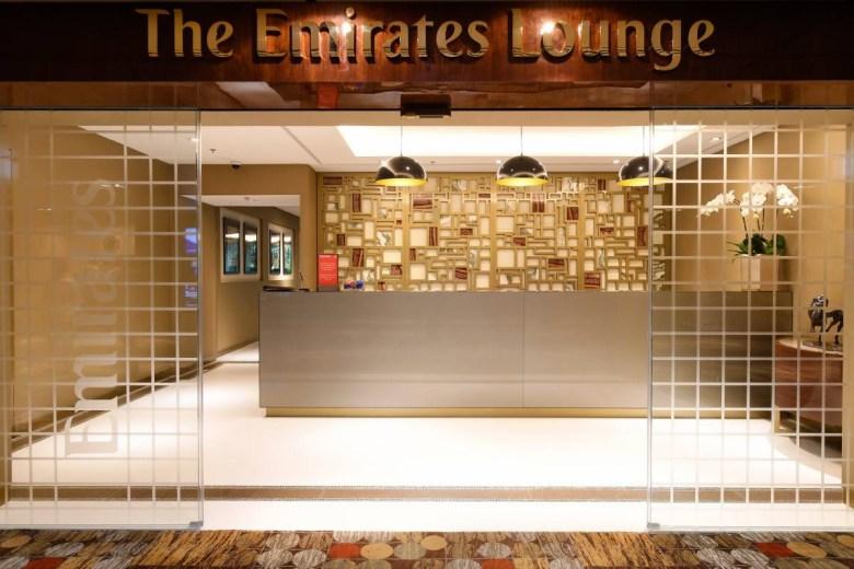 EK Lounge Singapore Entrance (Emirates)