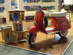 Vespa 150 auf der Buchmesse 2013