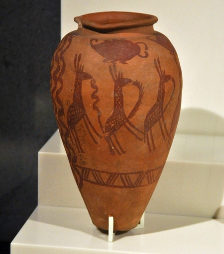 naqada_ii_3700-3200_vessel_neues_museum
