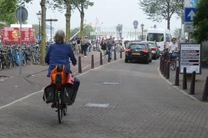 2: Vóór de Nieuwendijk alvast naar links gaan is blijkbaar niet de bedoeling.