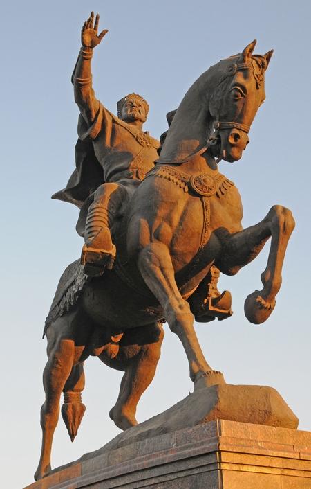 Ruiterstandbeeld van Timoer Lenk, Tasjkent