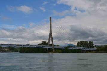Le Pont à haubans