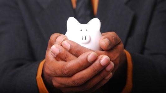 Entre menos guardo más ahorro