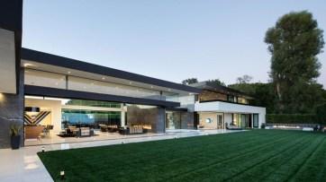 Esta increíble mega mansión contemporánea en el exclusivo Bel Air, California; está a la venta por USD $48,5 MM